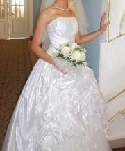 Красивое свадебное платье из салона Евгения
